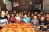 Dix-huit enfants réfugiés du Myanmar vivent dans cet internat. La Thaïlande finance pour chaque enfant le repas de midi et 10 euros par an pour les vêtements ; pour le reste, les parents ne peuvent guère contribuer aux frais. CSI veut apporter une aide afin que les enfants puissent terminer leur formation. (csi)