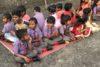Inde | Prêts pour le repas de midi ! Dans le district du Kandhamal, qui a connu l'un des plus grands massacres contre les chrétiens dans l'histoire de l'Inde, CSI finance trois écoles d'environ trois cents élèves. (csi)